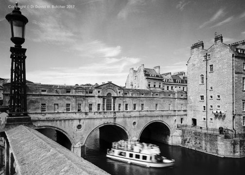 Bath Pulteney Bridge, Lamp and Boat, England