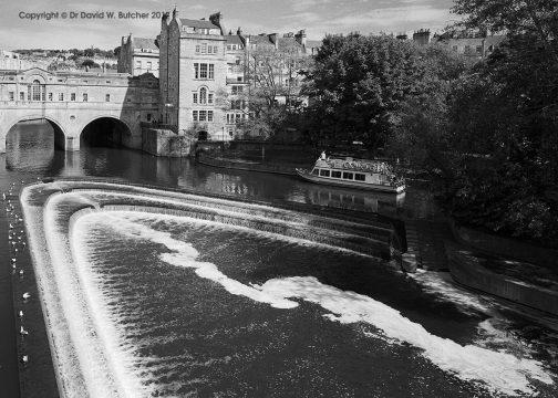 Bath Pulteney Bridge, Weir and Boat, England