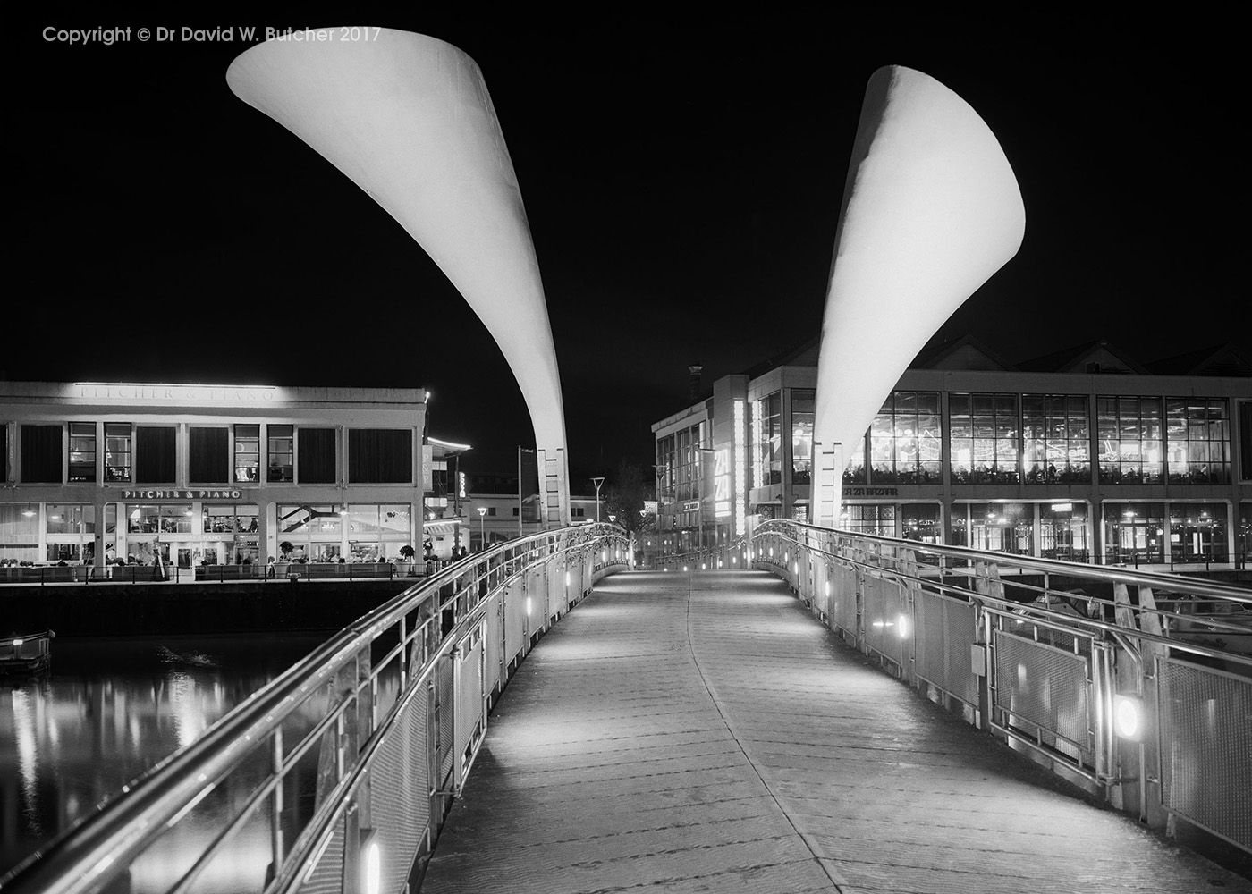 Briston Harbour Pero's Bridge at Night, England