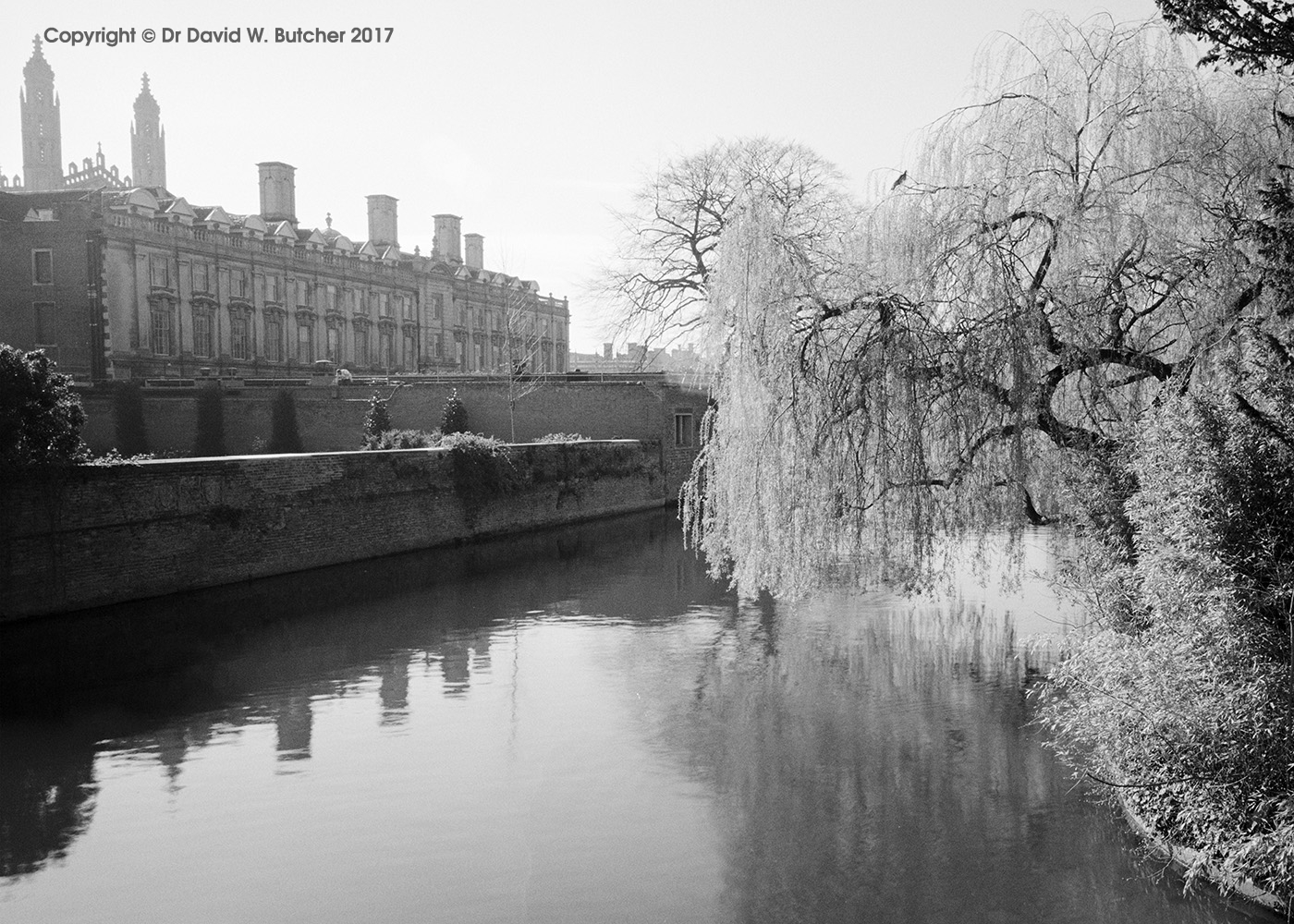 Cambridge Clare College and River Cam, England