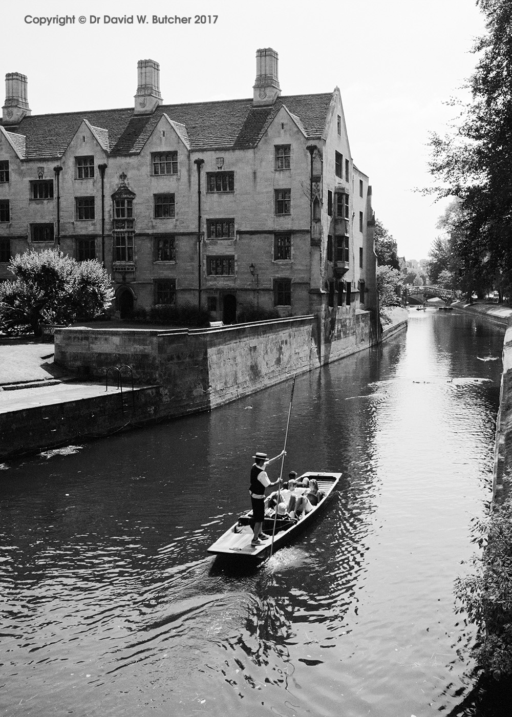 Bodley's Court King's College and River Cam, Cambridge, England