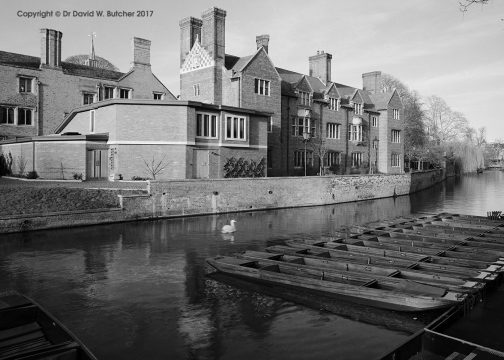 Cambridge Magdalene College and Punts, England