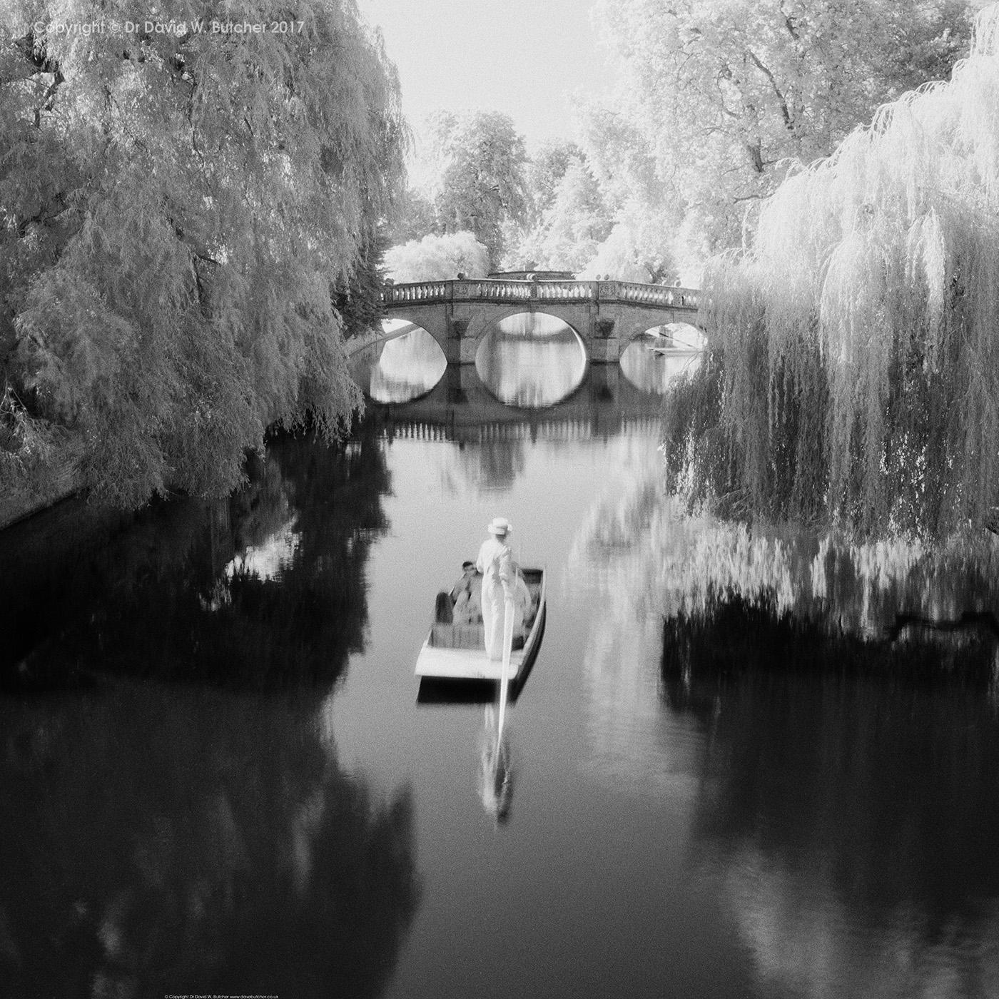 Cambridge Clare College Bridge and Punt, England