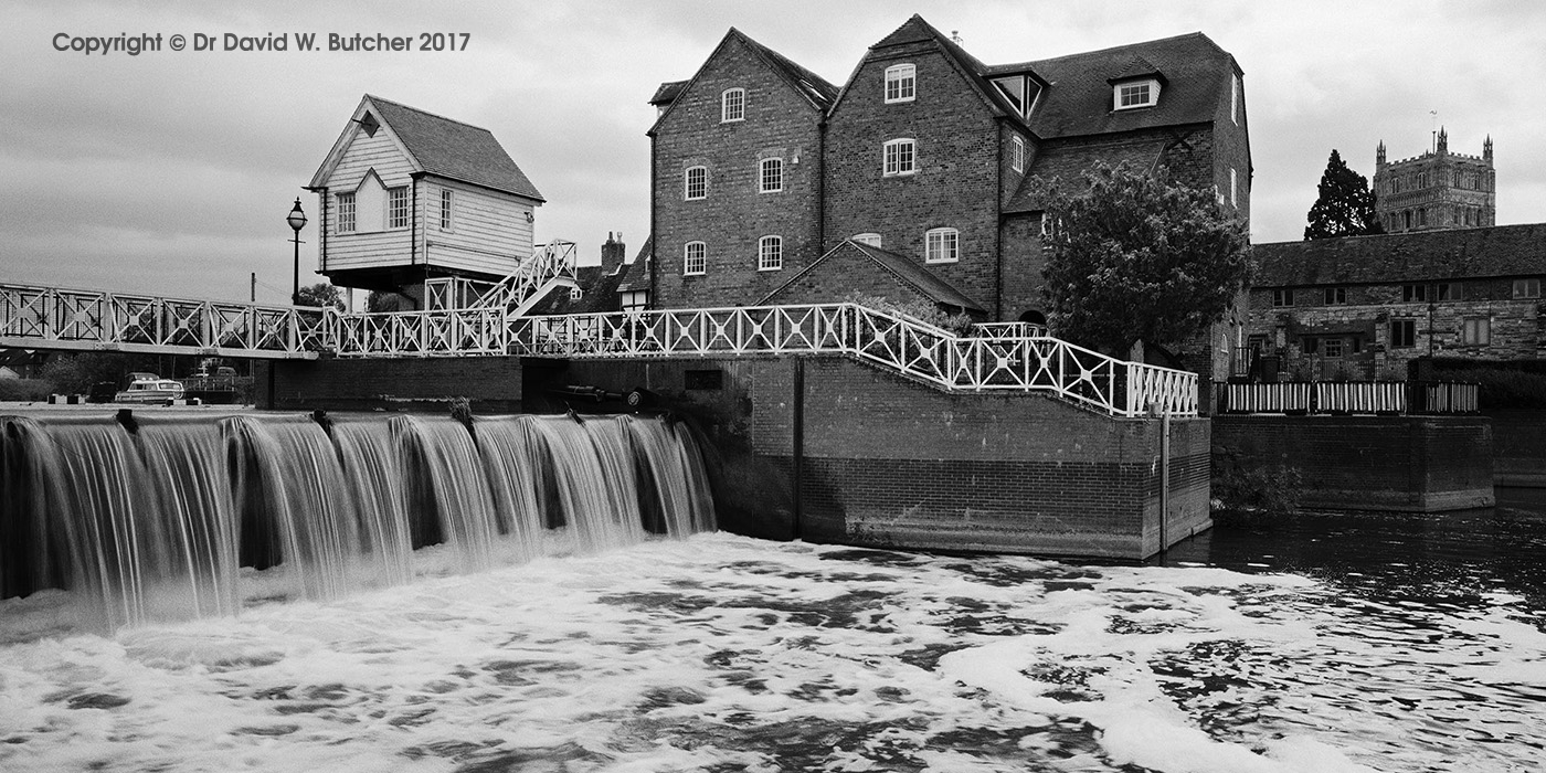 Tewkesbury Abbey Mill and Weir, Cotswolds, England