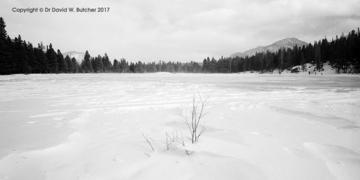 Sprague Lake in Winter, Rocky Mountain National Park, Colorado, USA