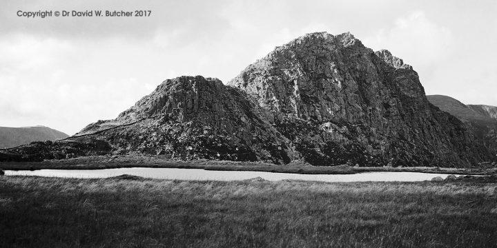 Tryfan from Llyn Caseg Fraith, Bethesda, Snowdonia, Wales