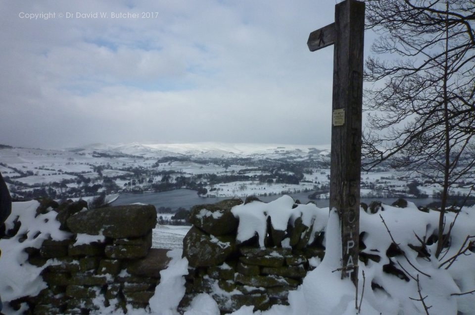 Snowshoeing in the Peak District 2018