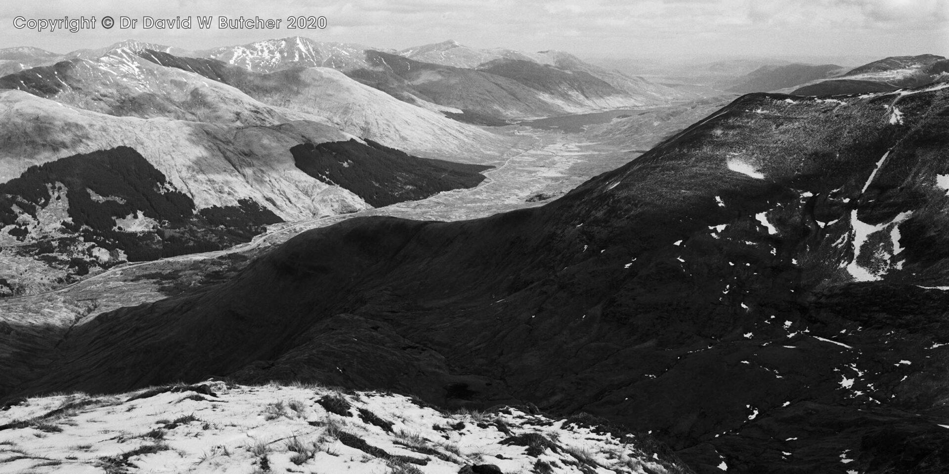 Aonach Mheadhoin from Sgurr an Lochain, Glen Shiel, Scotland